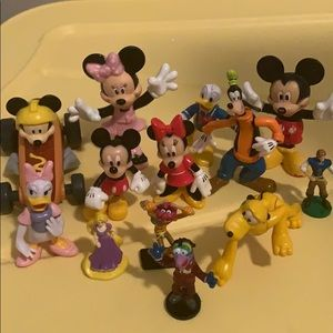 13 piece Disney character set Disney store Mickey